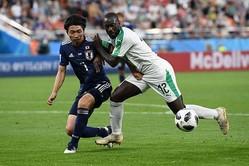 セネガル戦でゲームを組み立てた柴崎は本田と並ぶ「7点」の評価を得た【写真:Getty Images】