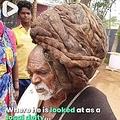 95年間、髪を切ったことがないという男性(画像は『It's Gone Viral 2020年7月8日付Facebook「Villagers treat this man as a God because he hasn't cut his hair for over 95 years」』のスクリーンショット)