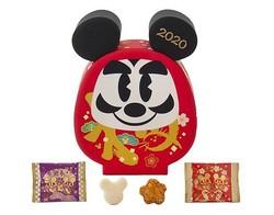 パークで買えるだるまデザインのお菓子/(c)Disney