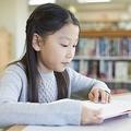 勉強や睡眠を削っている?読書をしても「頭が良くならない」子の特徴
