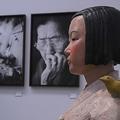 「表現の不自由展・その後」に展示された彫刻家キム・ソギョン氏、キム・ウンソン氏夫妻の「平和の少女像」(時事通信フォト)