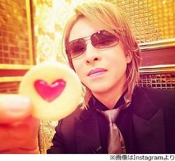 YOSHIKIが「格付け」で食べていたお菓子、今年も大反響