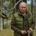 ロシア・シベリアで休暇を楽しむウラジーミル・プーチン大統領(2019年10月6日撮影)。(c)Alexey DRUZHININ/Sputnik/AFP