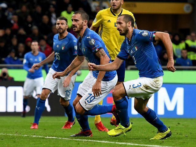 キエッリーニは迷い…予選敗退のイタリア、長年堅守を支えたCBたちの去就は?