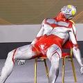 『裸足のウルトラマン(写真:Imaginechina/AFLO)』