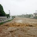 西日本の記録的豪雨で多数の死者 5歳の女の子と20代の母親も犠牲に