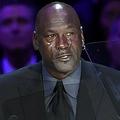 米プロバスケットボール(NBA)、元ロサンゼルス・レイカーズのコービー・ブライアント氏の追悼式でスピーチをするマイケル・ジョーダン氏(2020年2月24日撮影)。(c)Kevork Djansezian/Getty Images / AFP