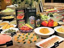 奈良県最大級、客席250席を誇る和洋中のビュッフェレストラン「彩食厨房 HEIJO GRILL」(4階)