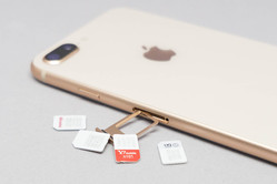 iPhone 8の購入は機種変更か? 格安SIMか? 実際のお得度を比較してみる