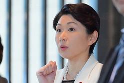 小渕恵三元首相の次女で、自民党議員の優子氏