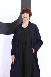 「+J 2020年秋冬コレクション」記者発表会に登場した宮沢りえ