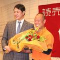 岩隈の引退会見で巨人広報部員として見届けた元同僚・朝井秀樹氏【写真・編集部】