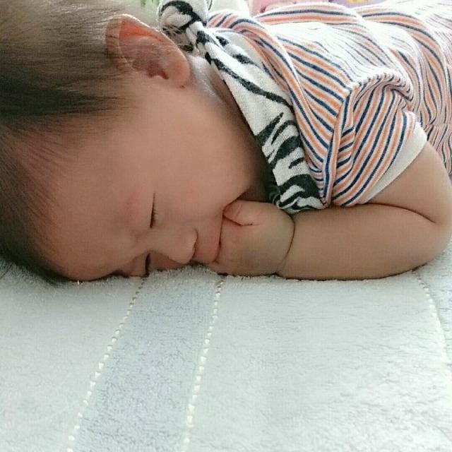 ない 放置 寝 新生児 泣き止まない赤ちゃんの放置・無視は禁物!泣く赤ちゃんへの対処法 [乳児育児]
