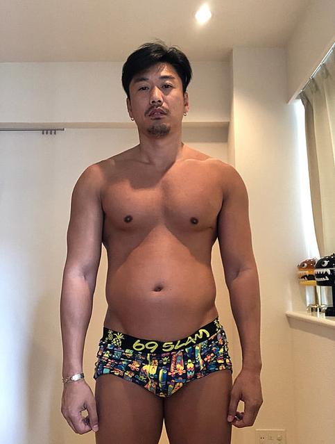"""金子賢、20kg太った現在の姿を公開し""""ダイエット""""宣言するも「うまくいくか不安」現在の体重は「88kg」"""