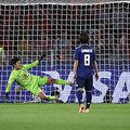 なでしこジャパンがベスト16敗退…土壇場のPK被弾でオランダに惜敗…《女子W杯》