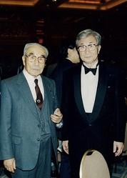 1997年3月、北里大学退職祝賀会で親父と