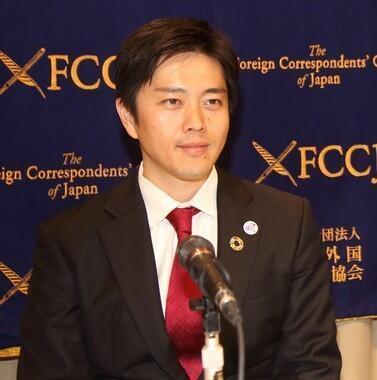 の 吉村 学歴 知事