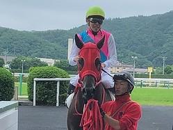 土曜福島6R新馬はヴァンドゥメールがV!三浦「本当に力があります」