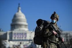 米大統領就任式に州兵2万人動員、トランプ氏はデモ自制呼び掛け