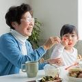 おばあちゃんと呼ばれるのが嫌だといわれても…(ucchie79/stock.adobe.com)