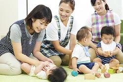 人見知りでも大丈夫!「子育て支援センター」活用術を徹底解説