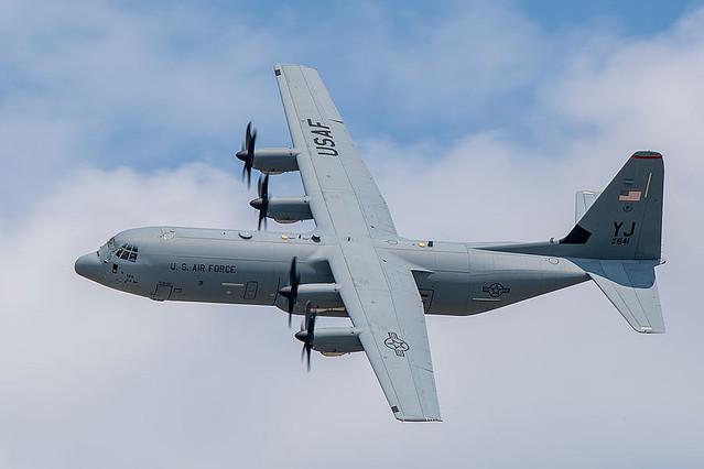 軍用輸送機C-130Jの民間型LM-100J アメリカの型式証明を取得 ...