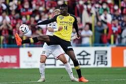 札幌とのリーグ開幕戦で2得点を決めたオルンガは、G大阪とのルヴァンカップでも1ゴールを奪取。J1クラブを相手でも通用すると、結果で証明している。写真:山崎賢人(サッカーダイジェスト写真部)