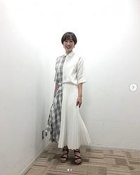 『さんま御殿』での衣装を紹介していた馬淵優佳さん(画像は『馬淵 優佳 2020年8月17日付Instagram「明日8月18日19:56〜日本テレビ「踊る!さんま御殿」に出演しています」』のスクリーンショット)