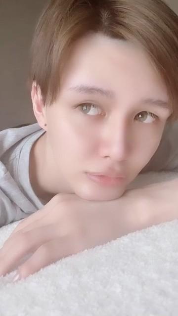 Mattが投稿したノーメイク動画に反響「すっぴんの方が綺麗」