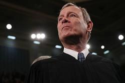 アングル:重要判決を左右する米最高裁「ロバーツ長官」の実像