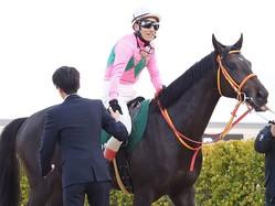 【京成杯】吉田豊「乗り味が良い」クリスタルブラックがデビュー2連勝