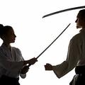 日本刀による決闘で親権争いを 米カンザス州の男性が裁判所に求める