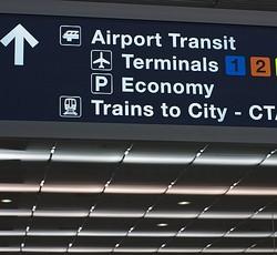 「新型コロナが怖い」空港に住みついた男逮捕