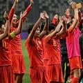 東京五輪サッカー女子アジア予選プレーオフ第2戦、中国対韓国。東京五輪の出場決定を喜ぶ中国の選手(2021年4月13日撮影)。(c)Hector RETAMAL / AFP