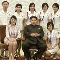 金正恩夫妻とモランボン楽団(朝鮮中央通信)