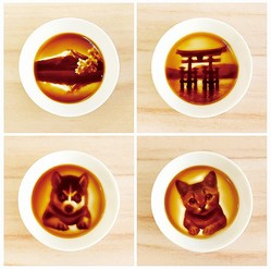 絵柄は4種類。(左上から時計回りに)富士山、厳島、ネコ、イヌ