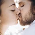 なめらかな唇にキュン♡ 男性が「この人、キス上級者だな」と認定する女性の特徴4つ