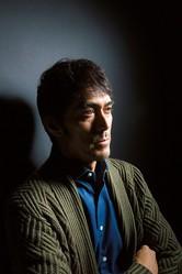 「新参者」シリーズの最終章となる映画「祈りの幕が下りる時」(1月27日・土公開)に出演する阿部寛/撮影=西村康