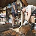 台風のため試合中止のカナダ選手が釜石を清掃 住民から感謝の声