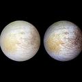 NASAによるエウロパ表面のイメージ。左側の黄色がかった部分が、塩化ナトリウムの濃度が濃い部分。(c) NASA/JPL/University of Arizona