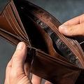 借金を恐ろしい仕組みで取り立て スマホの連絡先に踏み倒しを通知