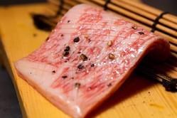 「カウンター焼き肉」の快進撃が止まらない!!〜週間人気記事ランキング〜