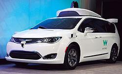 ハンドルもペダルもない完全自動運転車として話題を呼んだ「ウェイモ」の新型車。(共同通信=写真)