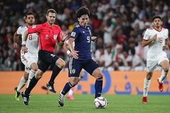 日本の3得点すべてに絡む活躍をみせた南野。大迫や堂安、原口とも良い連係でイラン守備陣をかく乱した。 写真:茂木あきら(サッカーダイジェスト写真部)