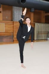 畠山愛理が女性たちの華麗な戦い「世界新体操」のリポーターに就任!/(C)テレビ朝日