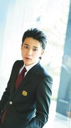 武道に長けたスポーツメーカーの御曹司・栄美杉丸を演じる中田圭祐。雑誌のモデルも務めている/撮影=広ミノル