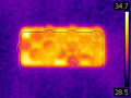 スマホやパソコンの「熱中症」 熱がたまる部分に10円玉を置くと効果的