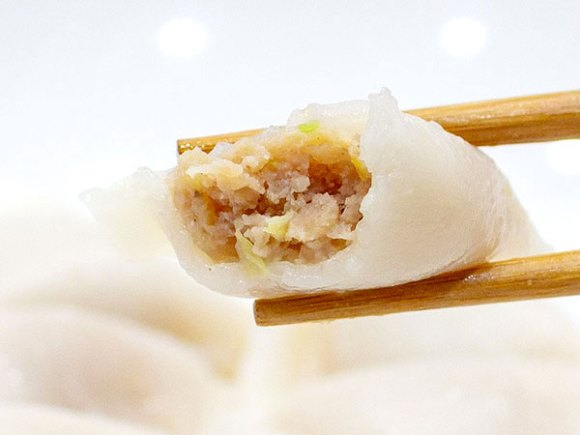 ローソンの冷凍食品おつまみ水餃子のおすすめ度は 気になる具や味