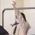 日本ハム・大田泰示のホームランボールをキャッチしたのは意外な人物【画像:パーソル パ・リーグTV】