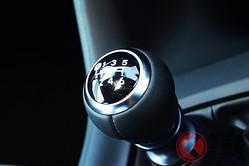 MT車は廃止方向なの!? 減少でもマツダ・スズキに多数設定 トヨタは採用増のワケ